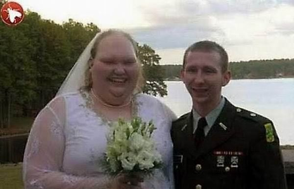pic of soldier with bride