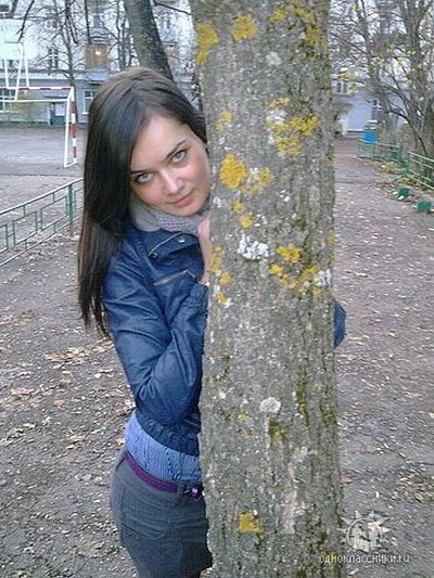 http://de.acidcow.com/pics/20101004/kristina_svechinskaya_05.jpg